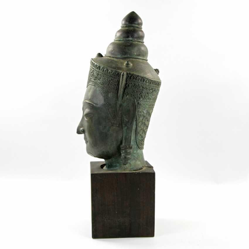 Bekrönter Kopf des Buddha. Wohl THAILAND Ayutthaya 18. Jahrhundert oder früher - photo 3