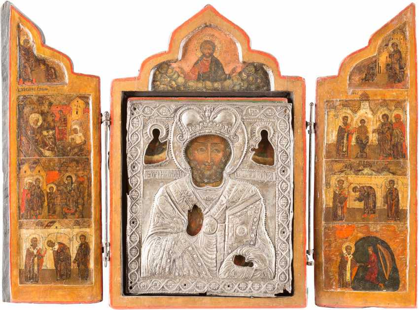 LARGE TRIPTYCH WITH THE HOLY NICHOLAS OF MYRA WITH OKLAD AND SCENES OF HIS LIFE - photo 1