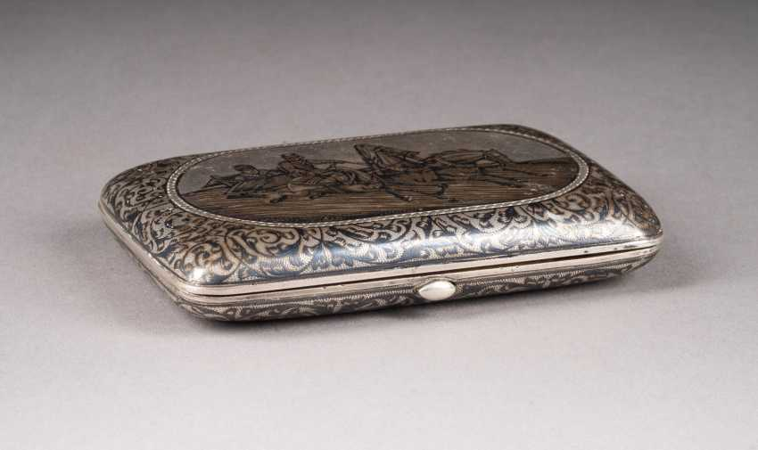 VINTAGE SIAM STERLING SILVER CIGARETTE CASE WITH TROIKA - photo 2
