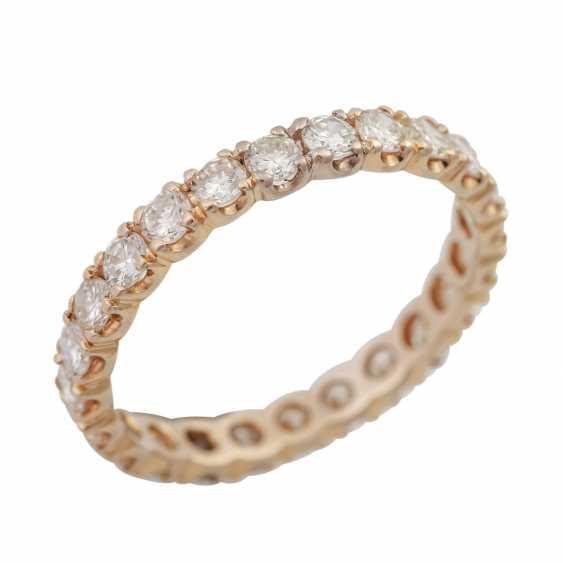 Memoire кольцо с 24 бриллиантами, вместе около 1,68 ct, LGW-GW (J-K)/SI, - фото 3