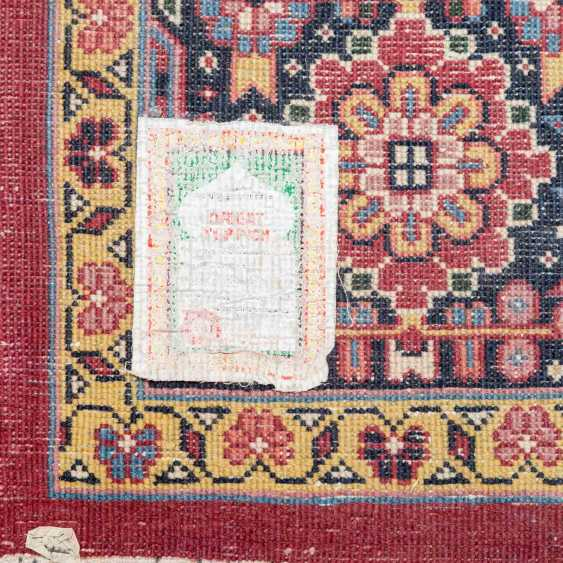 Orient carpet. 20. Century, 400x304 cm. - photo 4