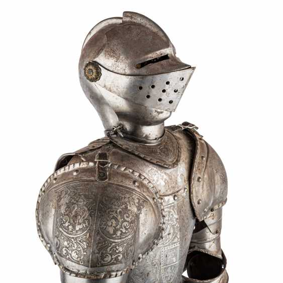 Small decorative knight's armor is probably the end of 19./At the beginning of 20. Century, - photo 5
