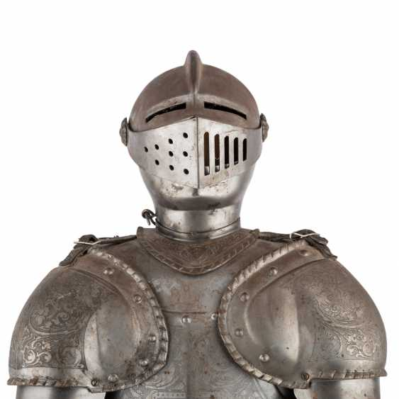 Small decorative knight's armor is probably the end of 19./At the beginning of 20. Century, - photo 6