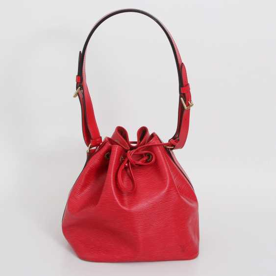 """LOUIS VUITTON VINTAGE cult shoulder bag """"NOÉ PM """", collection 1998. - photo 1"""