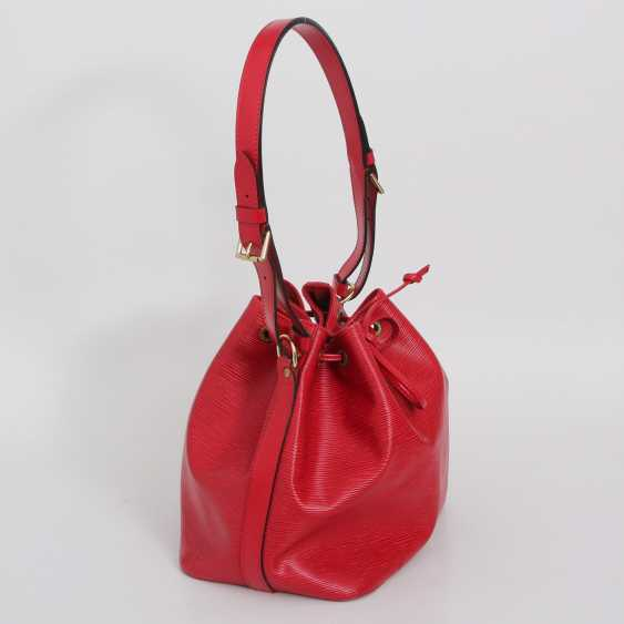 """LOUIS VUITTON VINTAGE cult shoulder bag """"NOÉ PM """", collection 1998. - photo 2"""