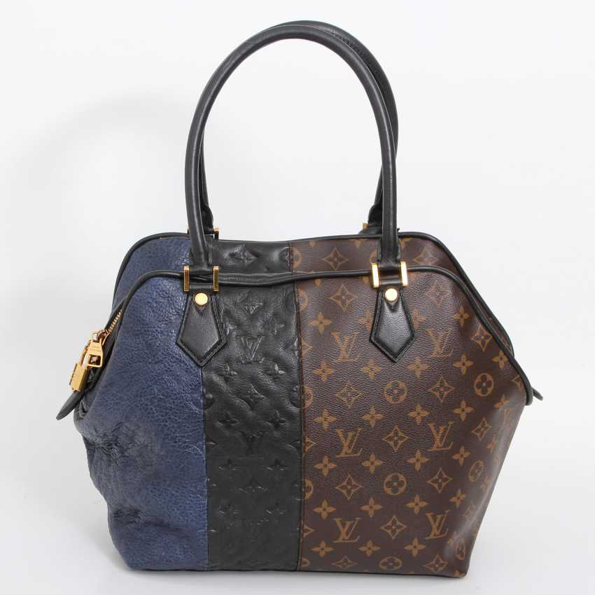 "LOUIS VUITTON exclusive sling bag ""MARINE BLOCK TOTE"", collection 2011. - photo 4"