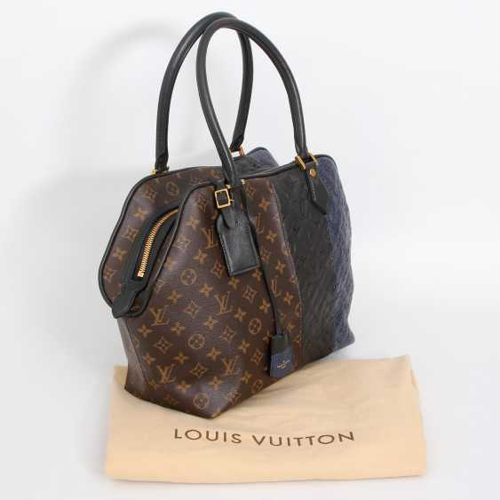 "LOUIS VUITTON exclusive sling bag ""MARINE BLOCK TOTE"", collection 2011. - photo 5"