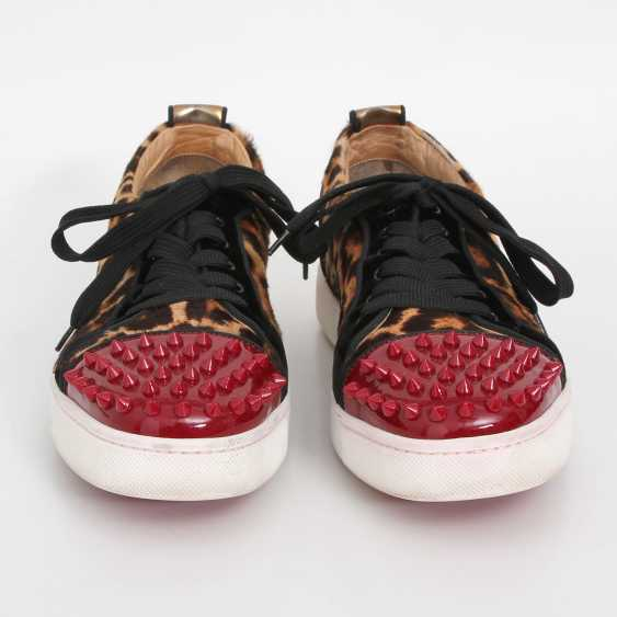 CHRISTIAN LOUBOUTIN exclusive Sneaker, size 39. - photo 1