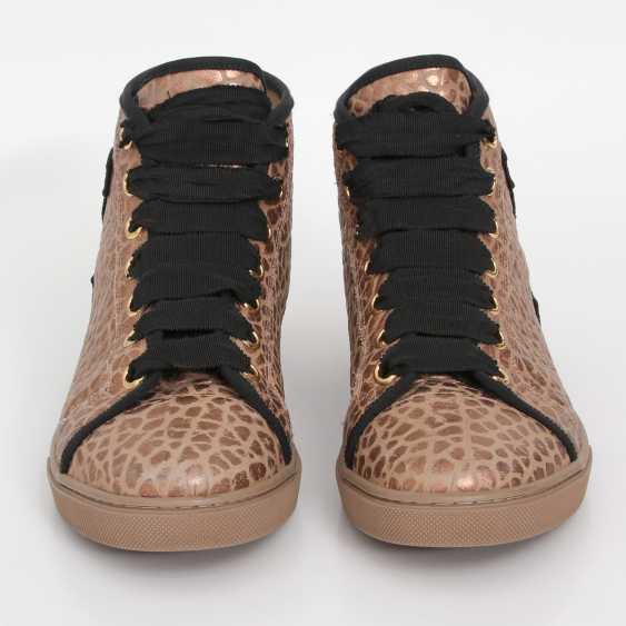 LOUIS VUITTON's noble Sneaker, size 39. - photo 1