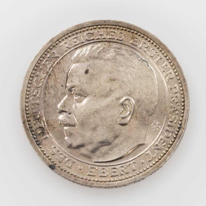 Weimar Republic, Friedrich Ebert medal to O. Glöckler/Berlin, - photo 1