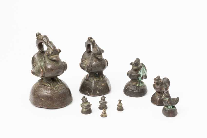Set of figural 9 opium weights / Poids d'asie, - photo 1