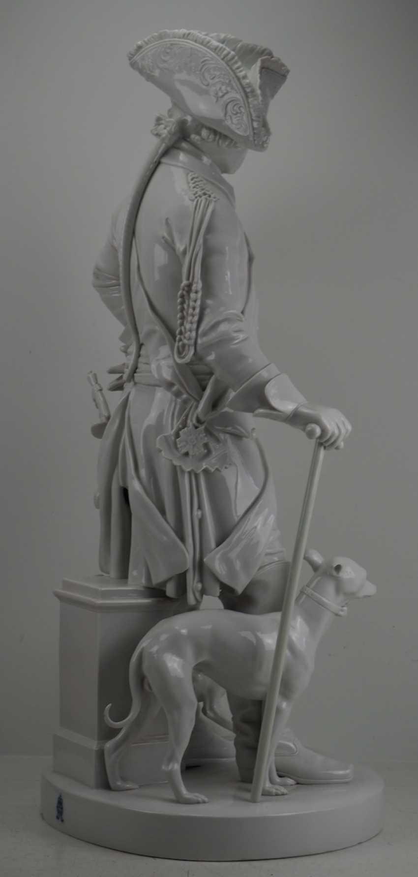 Шадов, Volkstedt: Фридрих Великий - Монументальной фарфоровой статуэткой. - фото 5