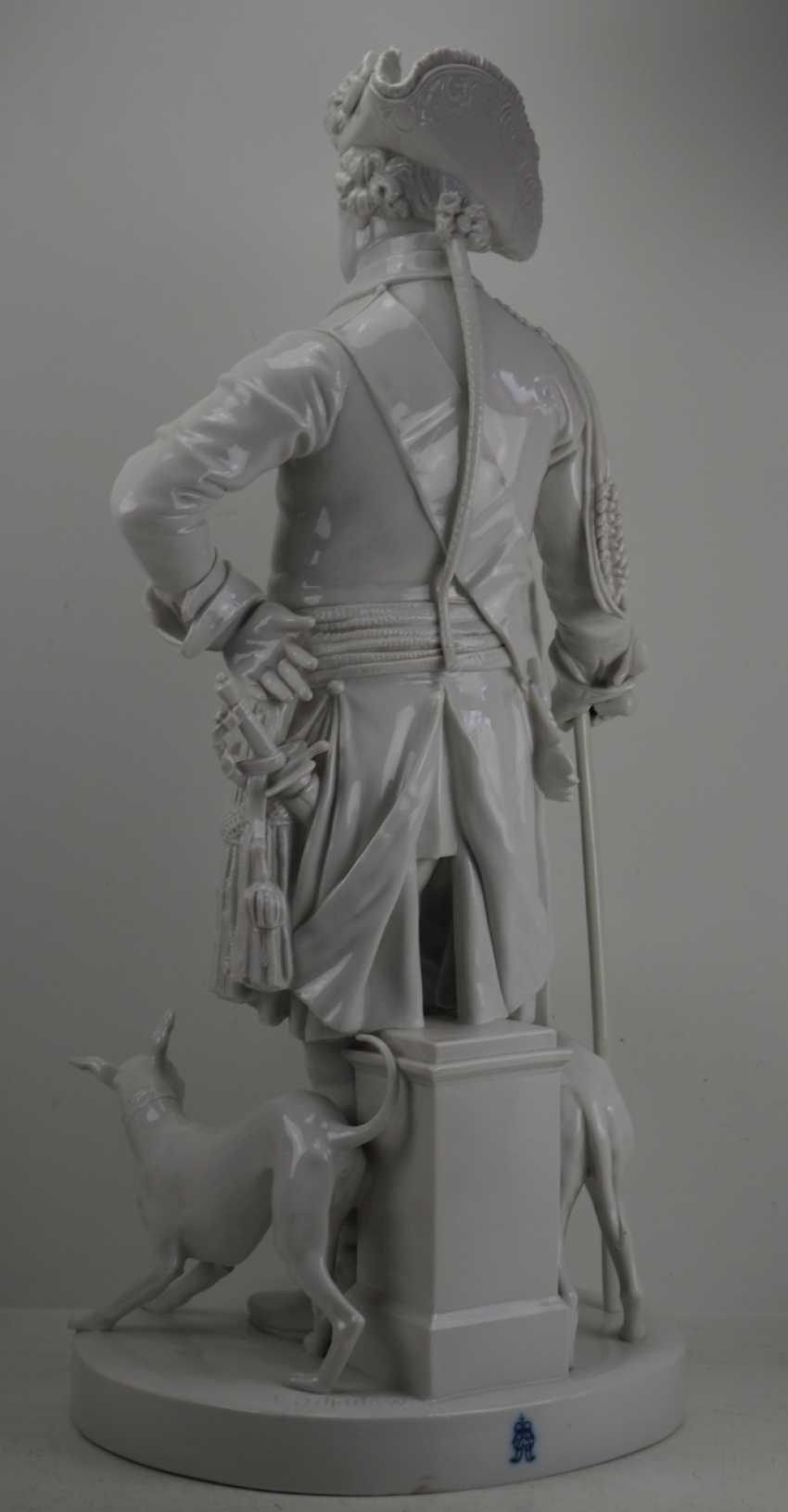 Шадов, Volkstedt: Фридрих Великий - Монументальной фарфоровой статуэткой. - фото 6