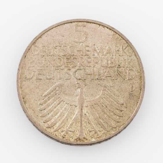 BRD - 5 DM 1952/D, Germanisches Nationalmuseum, ss., Patina, - photo 2