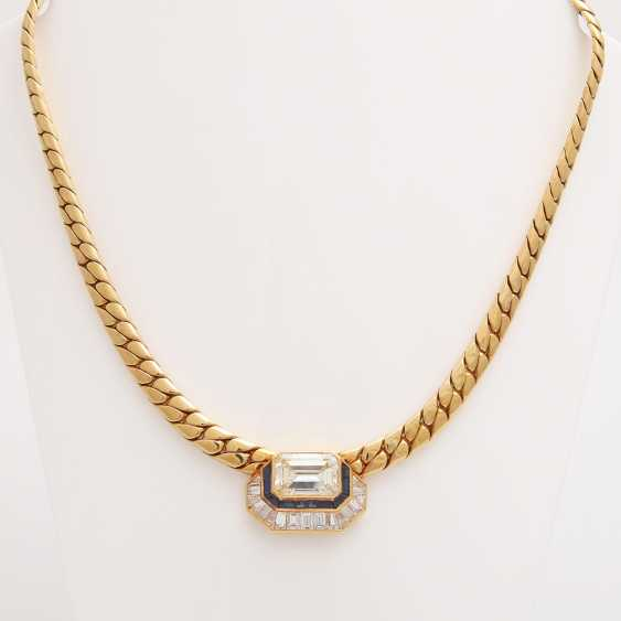 Collier in the Central part set with a diamond - photo 2