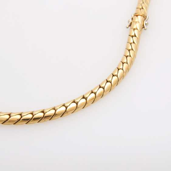 Collier in the Central part set with a diamond - photo 8