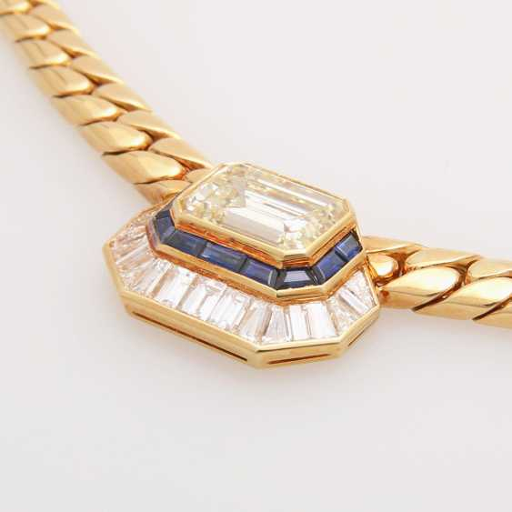 Collier in the Central part set with a diamond - photo 3