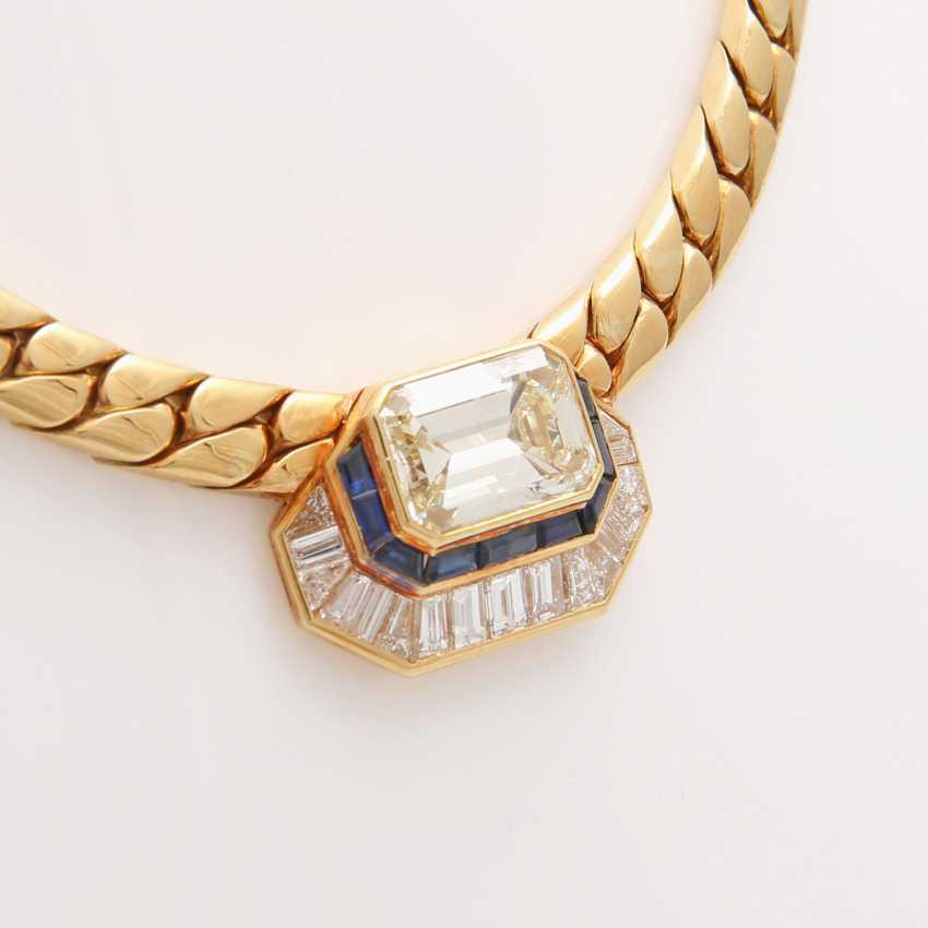 Collier in the Central part set with a diamond - photo 4