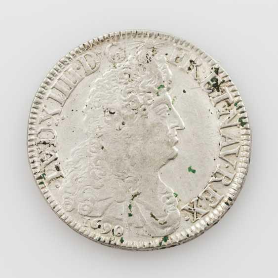 France - Ecu 1690/L, Ludwig XIV., Av: breast image n. r., Rv: 4 x LL, under crowns, ss., cleaned, - photo 1