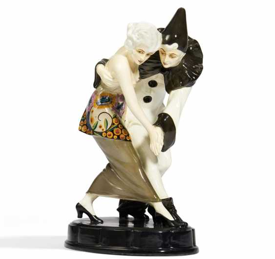 Dancing Pierrot with lady - photo 1