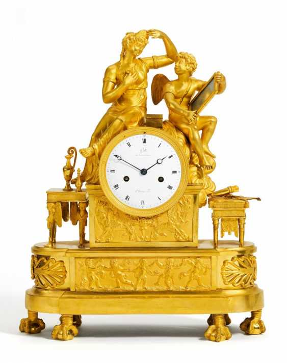 "Pendulum clock ""Cupid and the toilet of Psyche"" - photo 1"