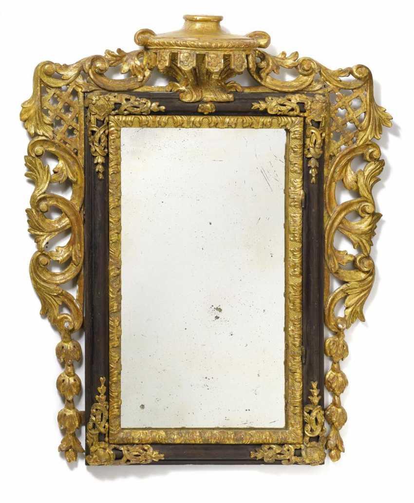 Baroque mirror with door - photo 2