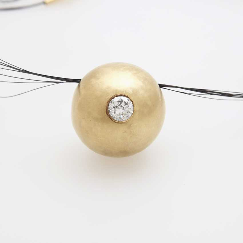 Pendant in ball shape filled with a Diam.-Brilliant - photo 2