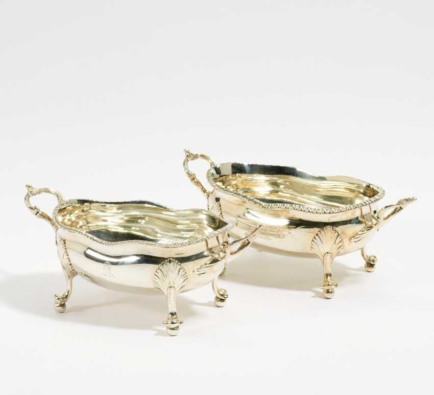 London Buy At Veryimportantlot Com Auction Of The Artwork Two Small Gefußte Serving Bowls George Iii Artist London At A Low Price Catalog From 13 11 2019 Lot 191