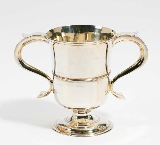George III double handle Cup - photo 1