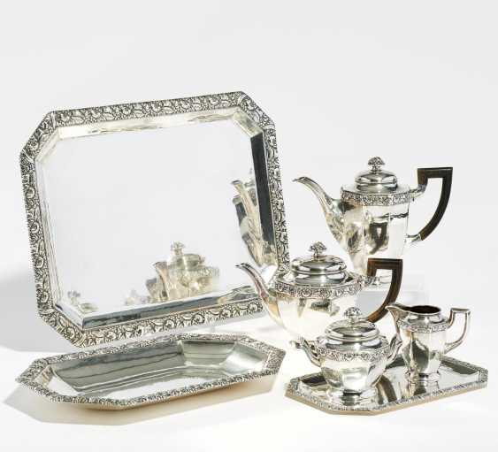 Coffee and tea service with fruit relief - photo 1