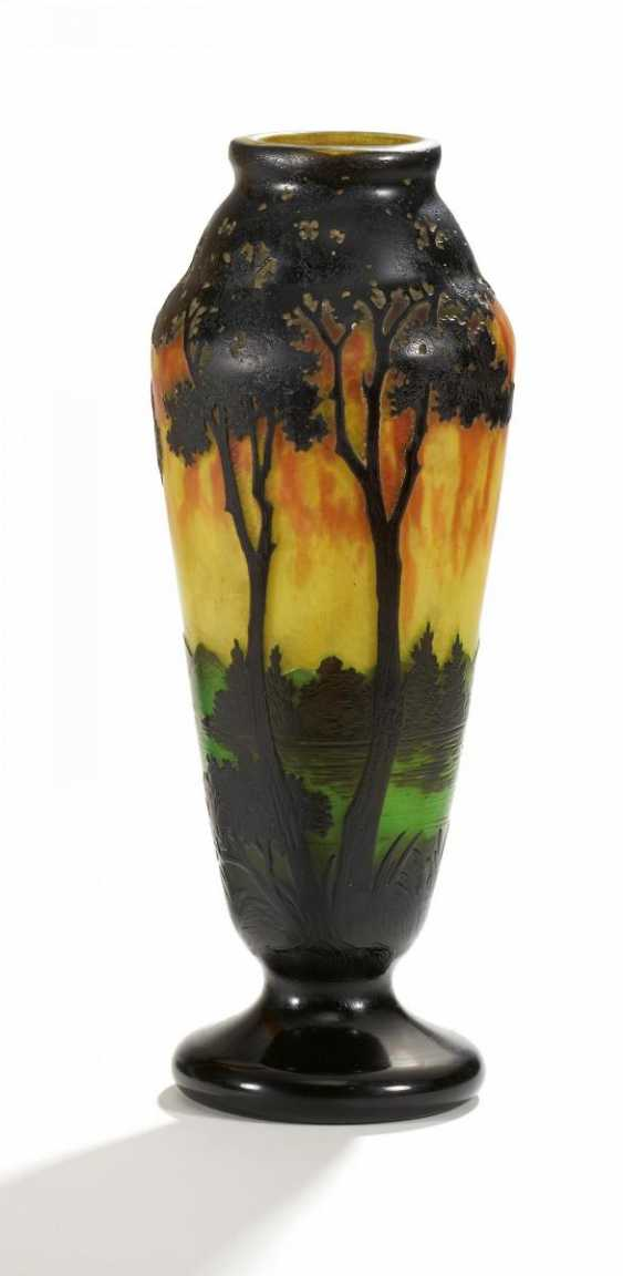Club-shaped Vase with evening landscape - photo 1