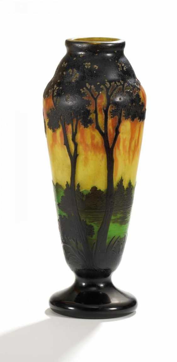 Club-shaped Vase with evening landscape - photo 2