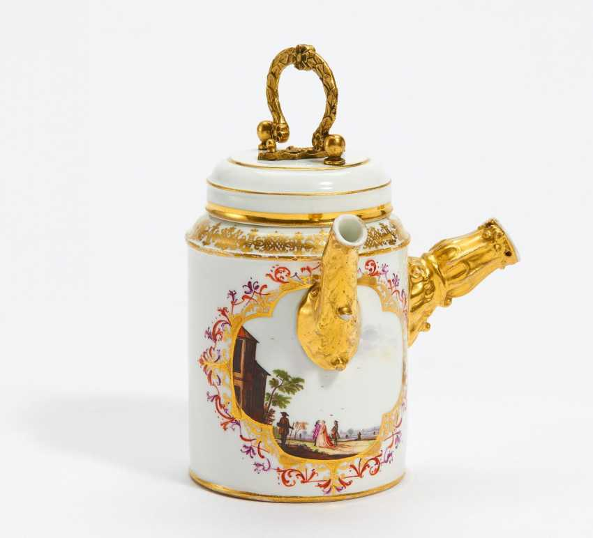 Chocolate pot with large landscape cartouches - photo 1