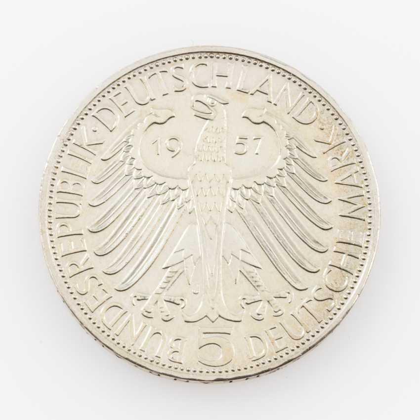 BRD 5 Deutsche Mark 1957 J, - photo 2