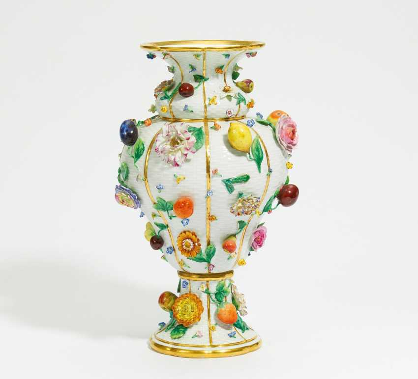 Large Vase with flowers and fruits - photo 1