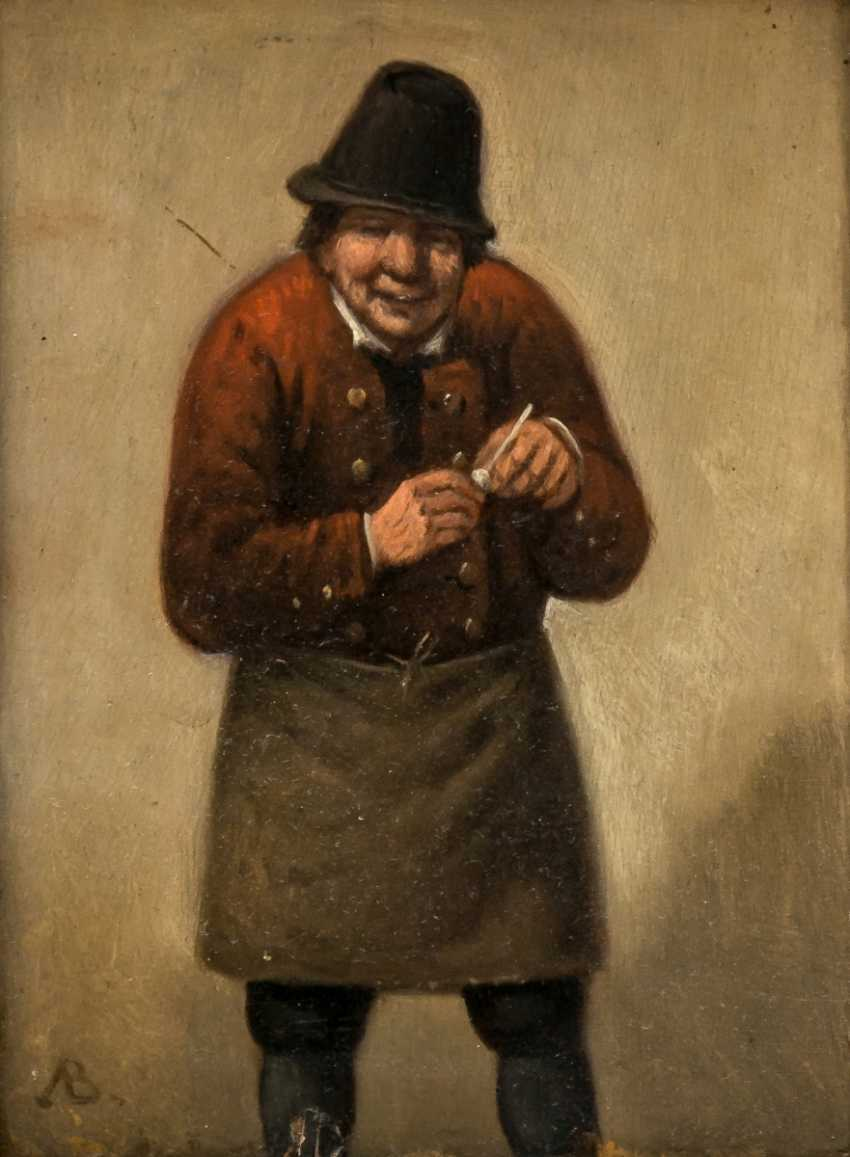Man with clay pipe - photo 1