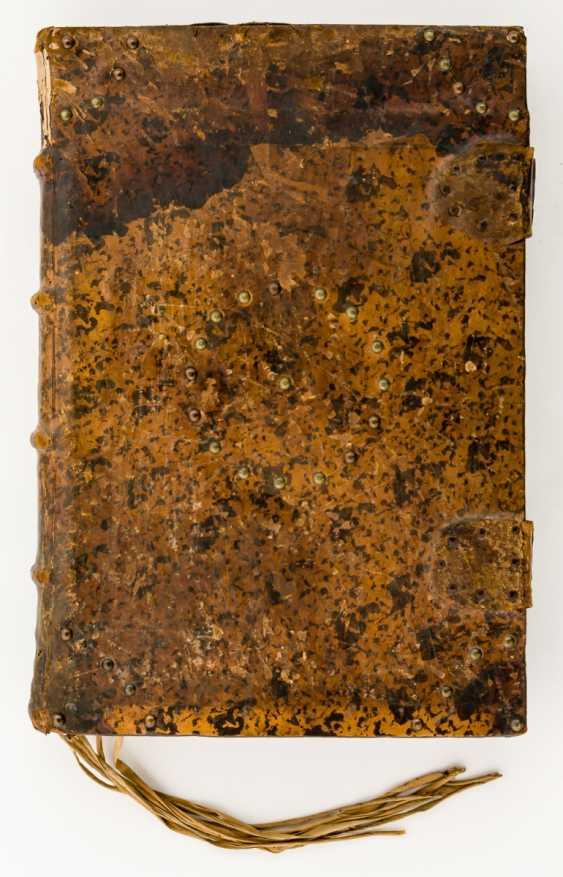 Monumental hand-written antiphonary - - - photo 2