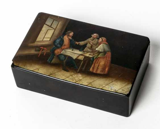 Lacquer box with scene of a merchant at the farmer's people - photo 1