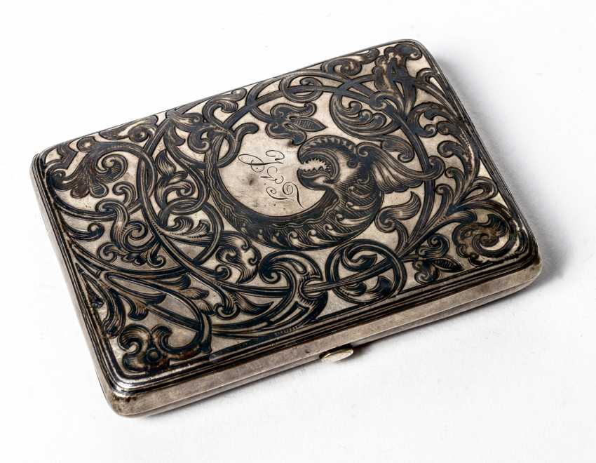 Silver cigarette case with Niello decor - photo 1