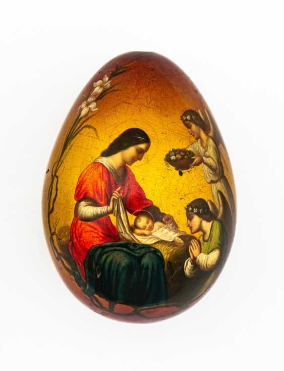 Rare paint Easter egg with a devotion to the child Jesus by the angels - photo 1