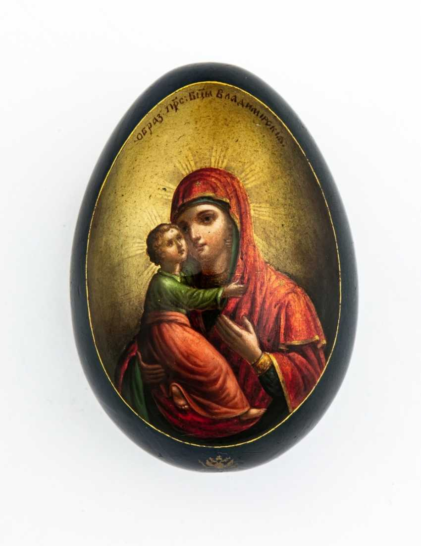 Paint Easter egg with the mother of God of Vladimir, and resurrection of Jesus - photo 1