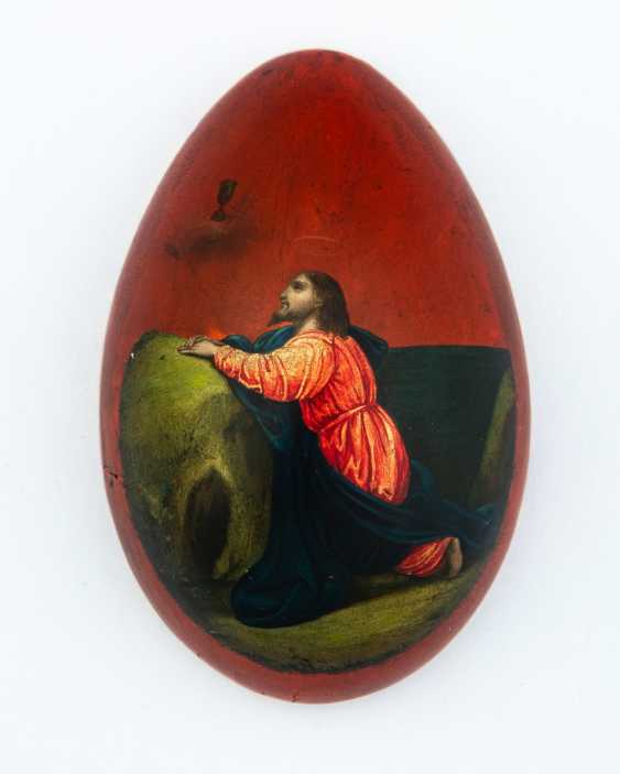 Paint Easter egg with Christ on the mount of Olives and Cathedral - photo 2