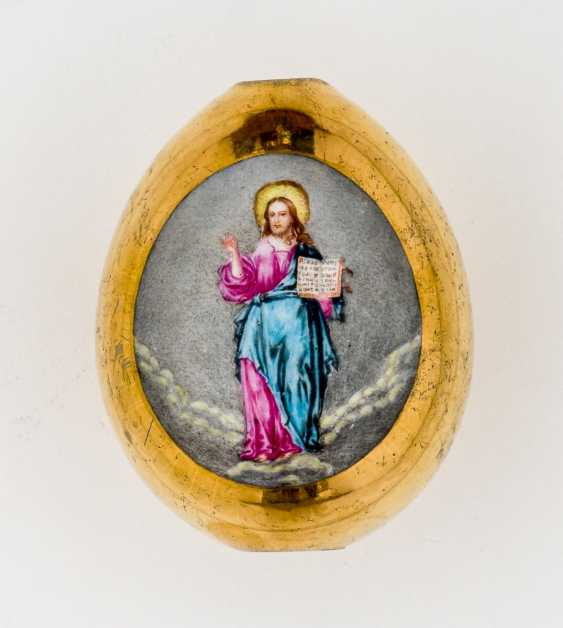 Porcelain Easter egg with a standing Christ and gold-plated back - photo 1