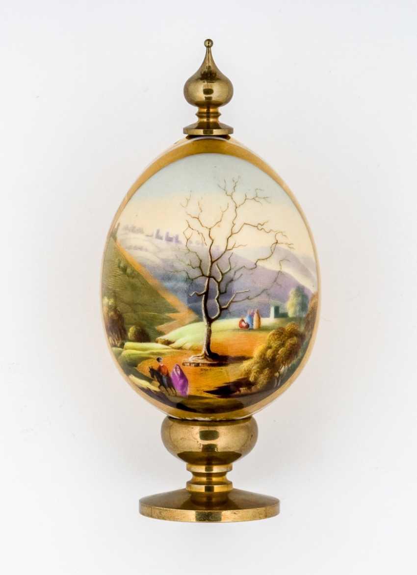 Important porcelain Easter egg with figure of Ölberges in Jerusalem - photo 1