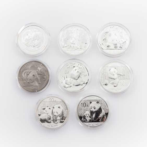 Silberkonvolut China mit Pandamotiv - 7 x 10 Yuan 2007/2009-2014, - photo 1