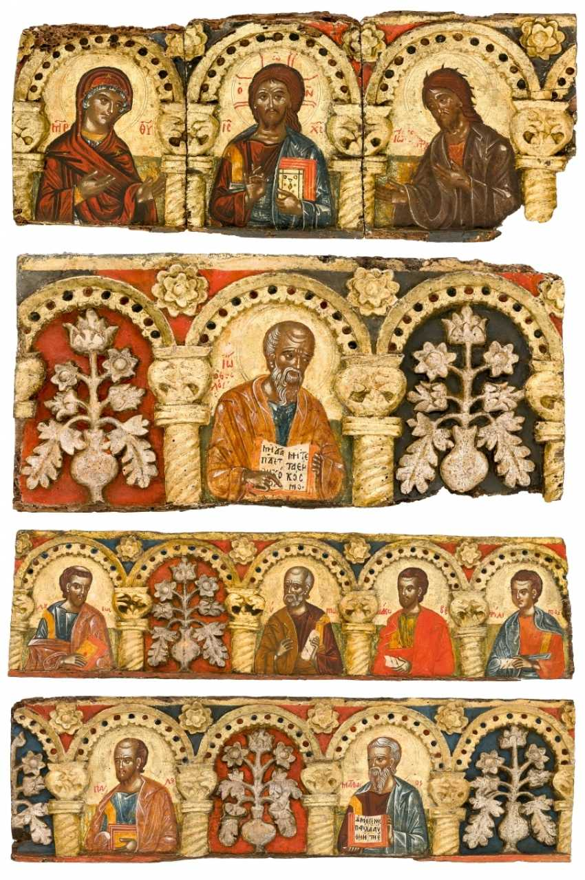 Very rare and monumental icons of the apostles series with the Deesis - photo 1
