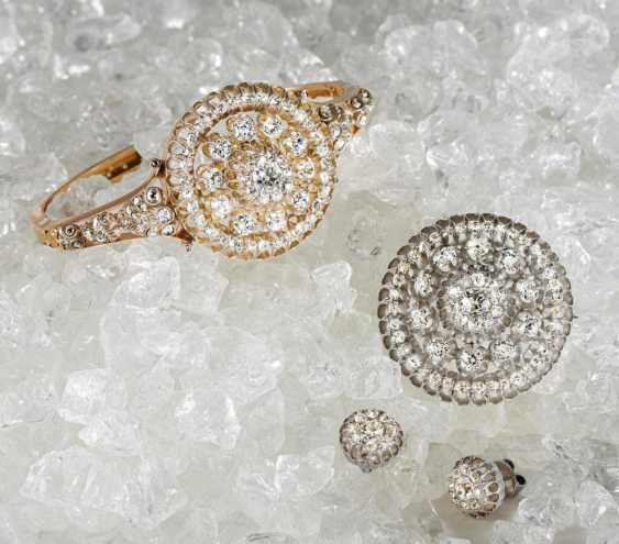 Diamond Set: Bracelet, Brooch, Earrings - photo 3