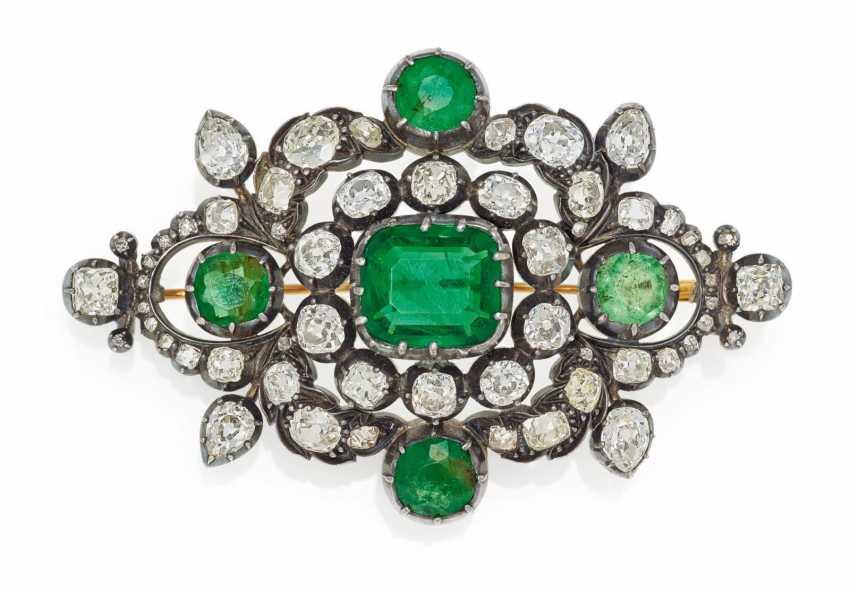 Emerald And Diamond Brooch - photo 1