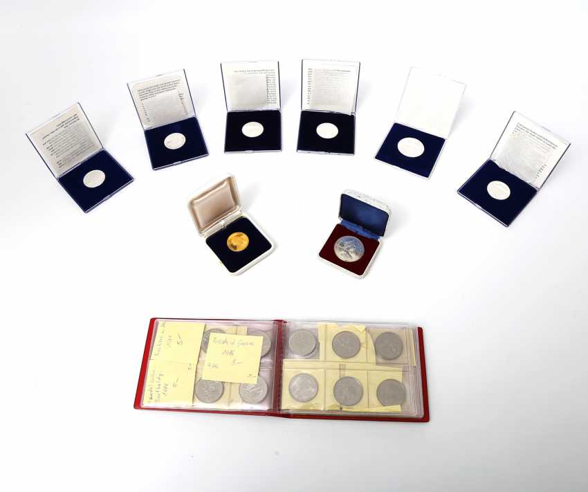Collection of coins and medals, with GOLD and SILVER, among others, - photo 1