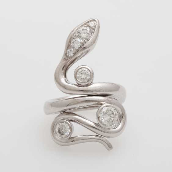 """Ladies ring """"snake"""" studded with seven Diam.- Brilliant - photo 1"""